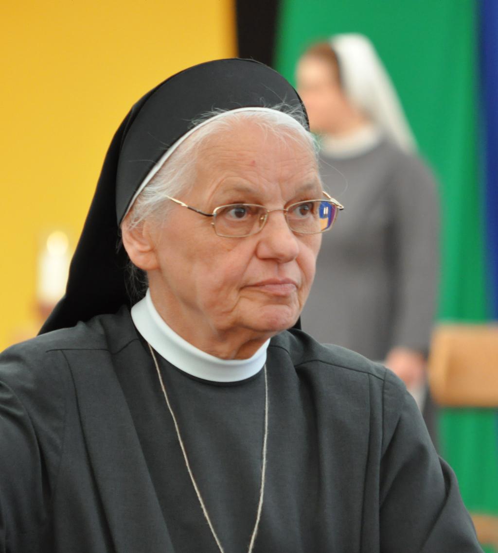 "Sr. Irmengardis: ""Ich Gehöre Zu Den ""älteren Semestern""…"""
