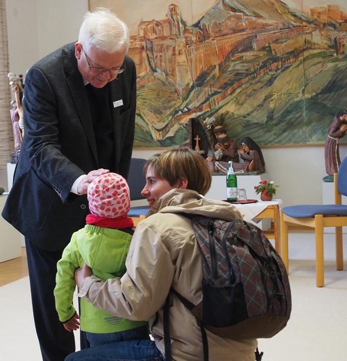 Einzelsegnung Bei Weihbischof Kreidler